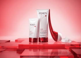 Pond's Age Miracle Dermabrasion Kit